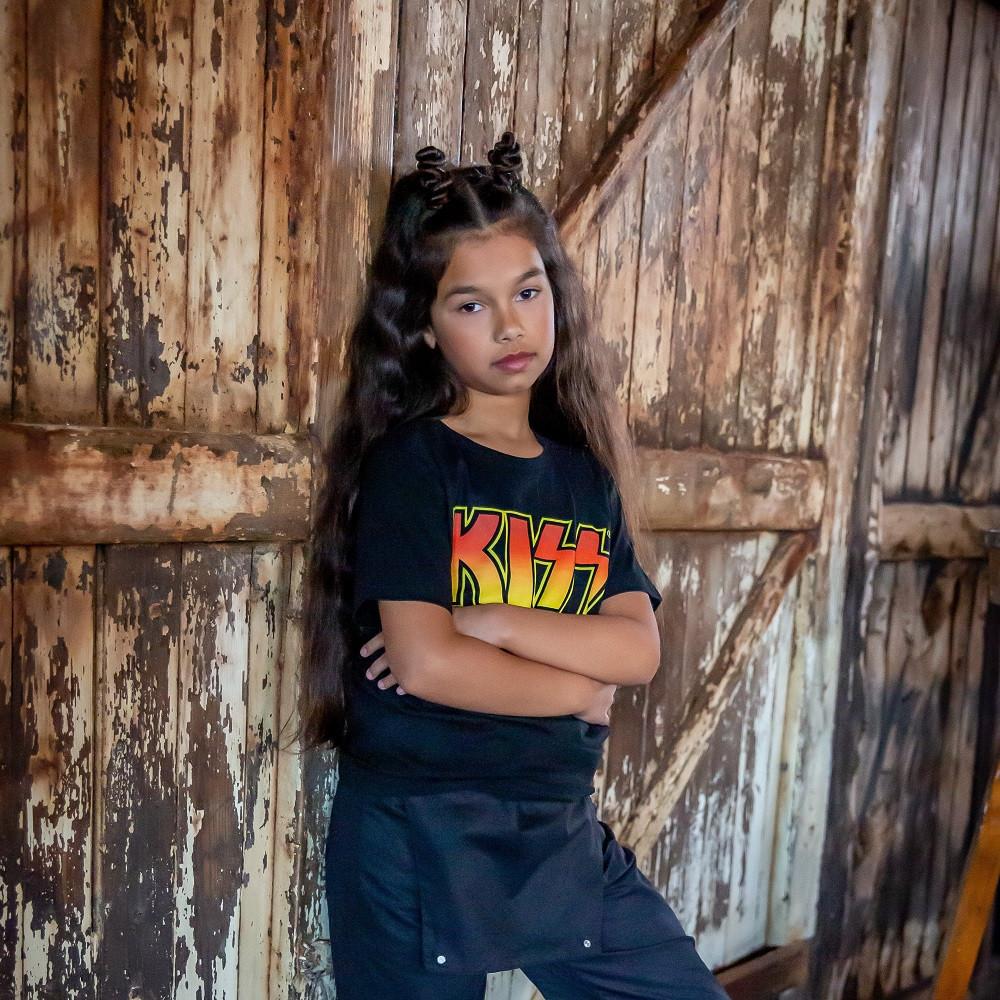 Kiss Kids T-shirt Logo fotoshoot